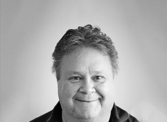 Porträtt Mikael Helenius